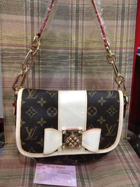 Louis vuitton материал оригинальной сумки