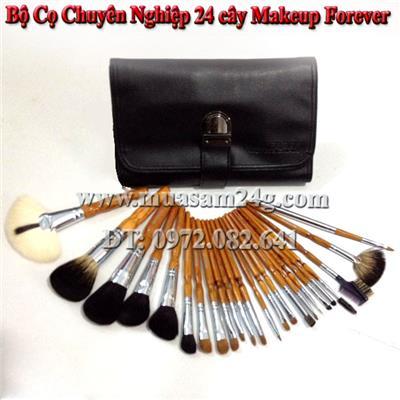 Bộ Cọ Chuyên Nghiệp 24 cây Makeup Forever