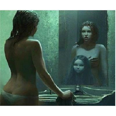 Gương và những cách để nhìn thấy ma