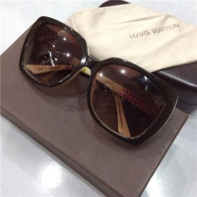 Mắt Kính Loius Vuitton