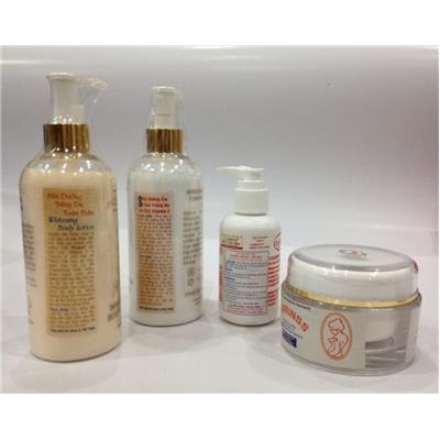 Trọn bộ dưỡng da và tắm trắng Clarins